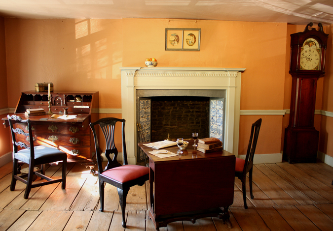 Dyckman-Farmhouse-Museum---South-Parlor,-S-De-vries,-2008