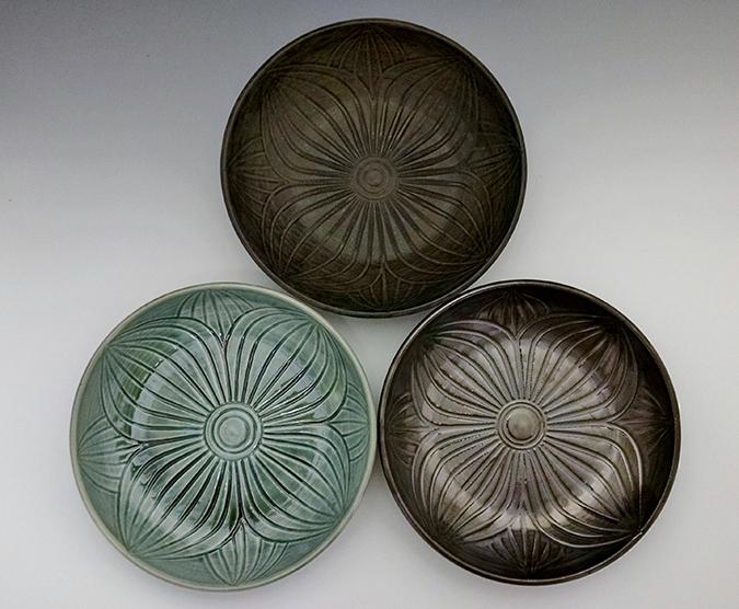 tricolor-hosta-bowls-top