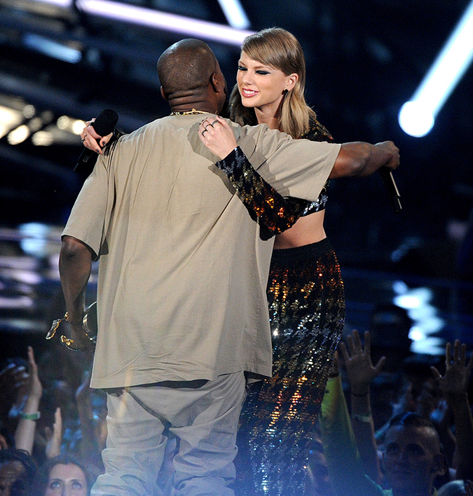 Los Angeles, CA - Los Angeles, CA - Kanye West receives the Michael Jackson Video Vanguard Award from Taylor Swift on the 2015 MTV Video Music Awards at the Microsoft Theater in Los Angeles, California 08/30/2015 Copyright © 2014 AKM-GSI, Inc. To License These Photos, Please Contact : Maria Buda (917) 242-1505 mbuda@akmgsi.com or Steve Ginsburg (310) 505-8447 (323) 423-9397 steve@akmgsi.com sales@akmgsi.com