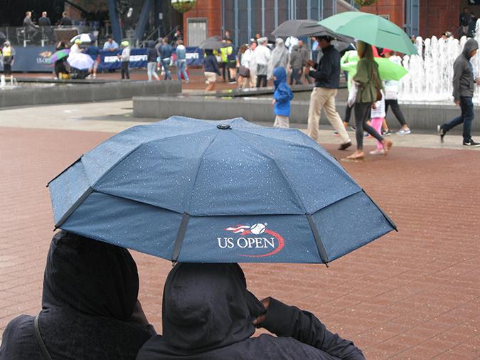 2017 us open day two rain delay