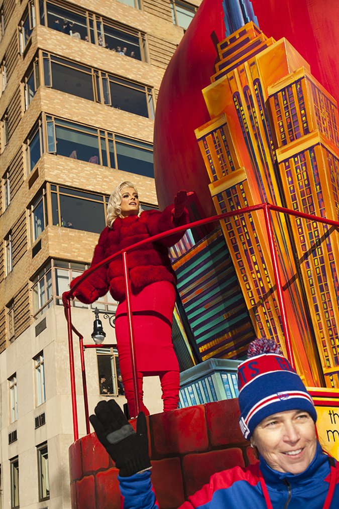20171123©DayMacyPrde6043.jpg The 91st Macy's Thanksgiving Day Parade kicked off under sunny skies and cool temperatures as hundreds of thousands line the parade route to celebrate the clowns, floats, and balloons fly by, starting the holiday season in New York City.