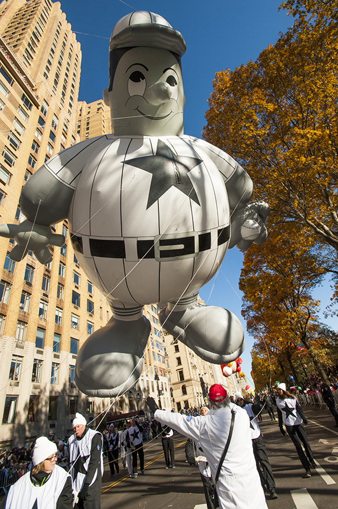 20171123©DayMacyPrde6236.jpg The 91st Macy's Thanksgiving Day Parade kicked off under sunny skies and cool temperatures as hundreds of thousands line the parade route to celebrate the clowns, floats, and balloons fly by, starting the holiday season in New York City.