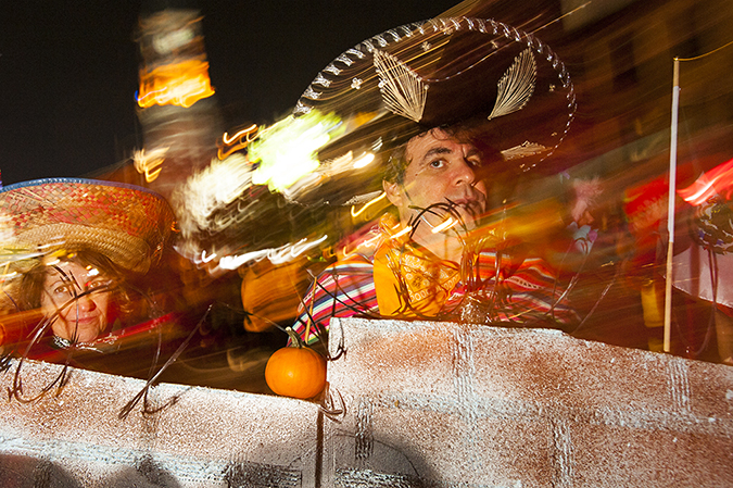 20171031©DAYHalloween2337.jpg The 44st Halloween Parade rolls up 6th Avenue as the giant skelton puppet leading the way.
