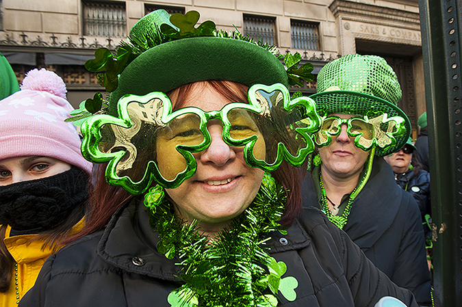 20180317©DayStPatsPrd9294.jpg he 257th edition of New York City's St. Patrick's Day parade march up Fifth Ave. under sunny skies and cool tempertures in the 40s with over 100 marching units of Bagpipes; high school marching bands; and police and fire departments.