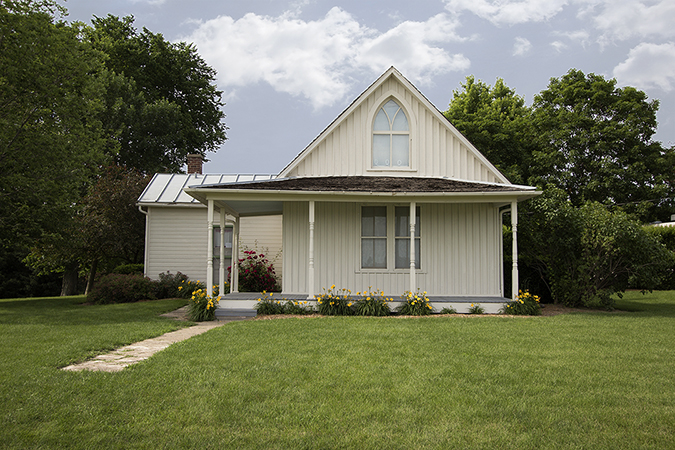 american gothic house shutterstock