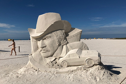burt reynolds sand sculpture shutterstock