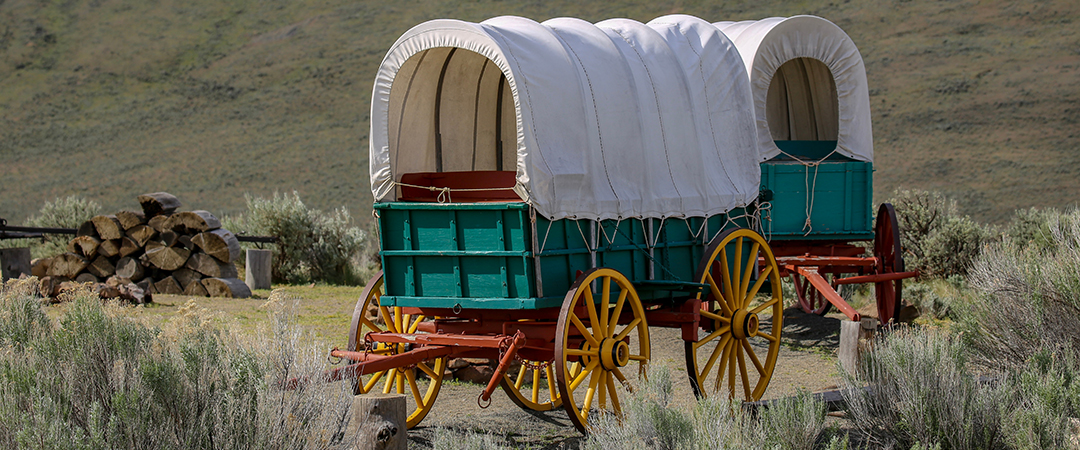 covered wagon - CSNafzger - shutterstock - feature