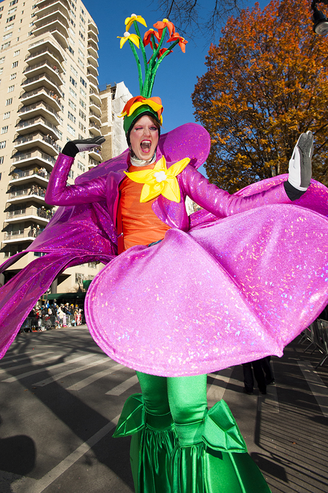 20181122©DayMacyPrde3243.jpg The 92st Macy's Thanksgiving Day Parade kicked off under sunny skies and cool temperatures as hundreds of thousands line the parade route to celebrate the clowns, floats, and balloons fly by, starting the holiday season in New York City.