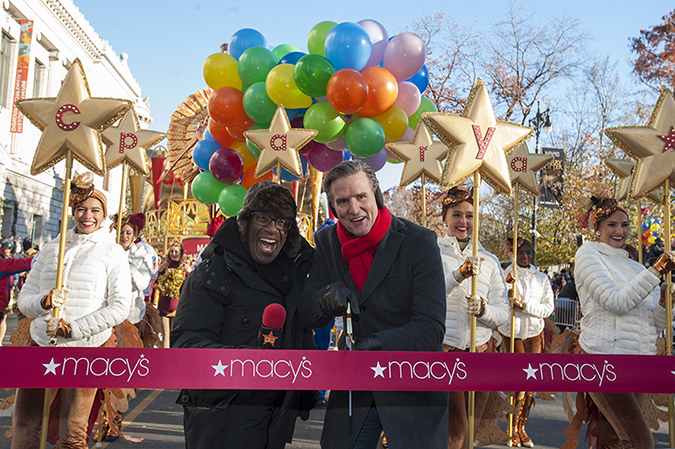 20181122©DayMacyPrde1599.jpg The 92st Macy's Thanksgiving Day Parade kicked off under sunny skies and cool temperatures as hundreds of thousands line the parade route to celebrate the clowns, floats, and balloons fly by, starting the holiday season in New York City.