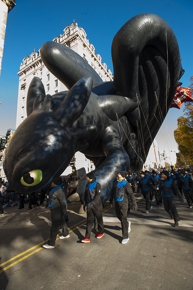 20181122©DayMacyPrde2134.jpg The 92st Macy's Thanksgiving Day Parade kicked off under sunny skies and cool temperatures as hundreds of thousands line the parade route to celebrate the clowns, floats, and balloons fly by, starting the holiday season in New York City.