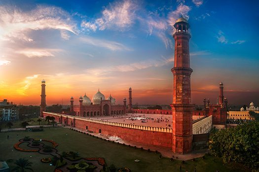 Badshai Mosque - Lahore - ali awaiss - Shutterstock