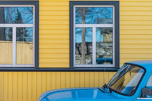 car in kalamaja - Deliris- Shutterstock