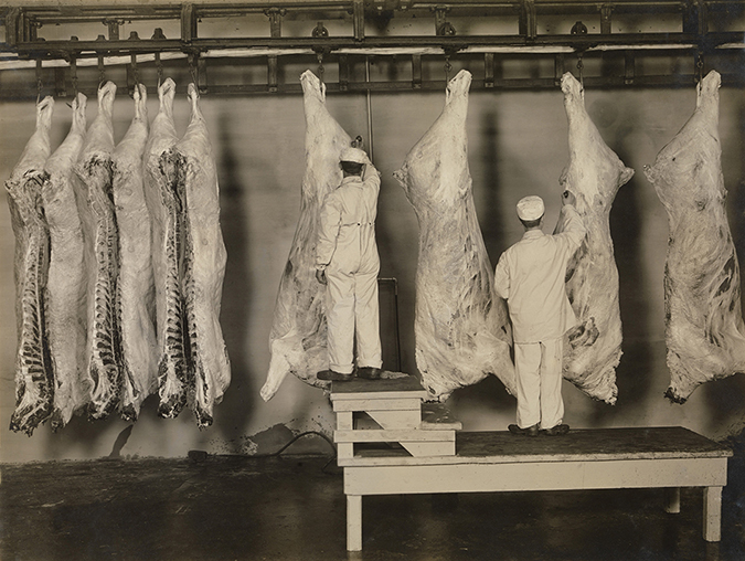 federal meat inspectors - pure food and drug act - everett historical - shutterstock - embed