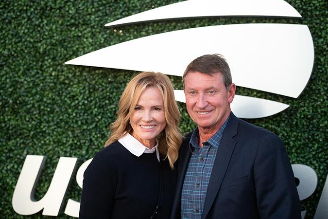 04Sep2019USOpen_0232 - Wayne Gretzky and Janet Jones-Gretzsky - Photo by Neil Bainton