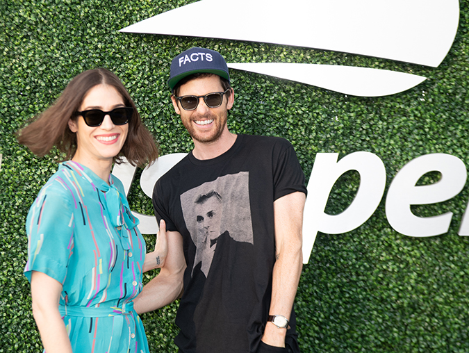 31Aug2019USOpen_1707. - lizzy caplan and tom riley - day six - photo by neil bainton
