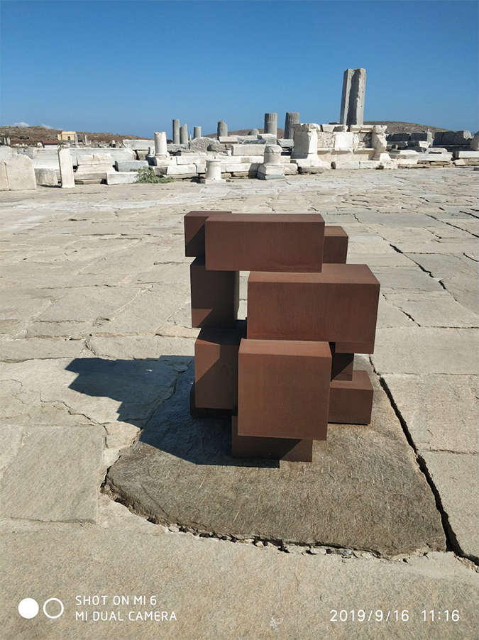 anthony gormley - sight installation - delos - greece - 2019 - photo by alice lonfat-chu - 3