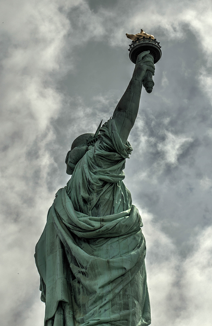 statue of liberty - Blink 2 Click - Shutterstock - embed