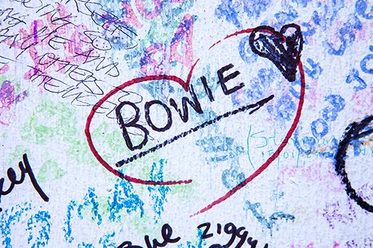 2016 bowie mural - chrisdorney - Shutterstock